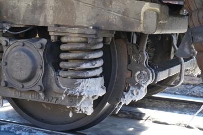 III.(4) Phục hồi bánh xe tàu hoả bằng công nghệ hàn tự động trong môi trường CO₂