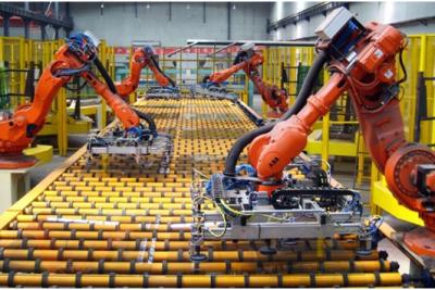 Robot và nguy cơ thất nghiệp trong kỉ nguyên 4.0
